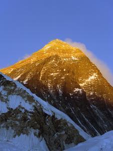 Sunset on Mount Everest, 8850M, Solu Khumbu Everest Region, Sagarmatha National Park, Himalayas by Christian Kober