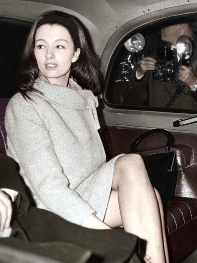 Christine Keeler Arriving at the Old Bailey, London, 1963--Photographic Print