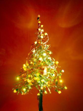 https://imgc.artprintimages.com/img/print/christmas-lights_u-l-pzgzs80.jpg?p=0