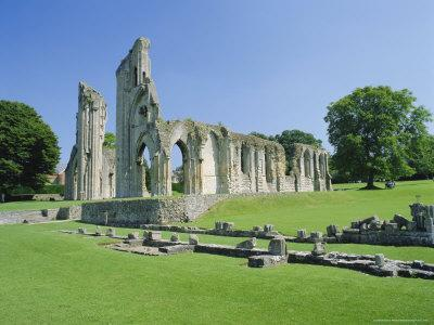 The Ruins of Glastonbury Abbey, Glastonbury, Somerset, England, UK