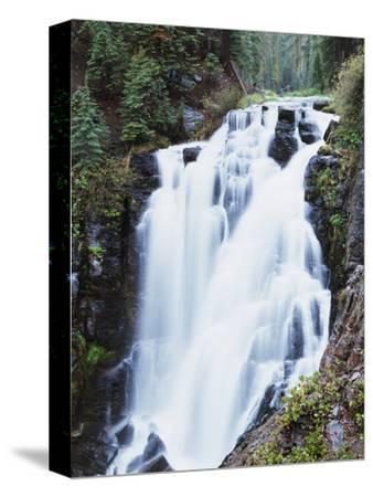 California, Lassen Volcanic National Park, Kings Creek Falls