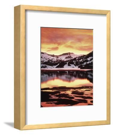 California, Sierra Nevada, Sunset, Mountains Reflecting on Ellery Lake
