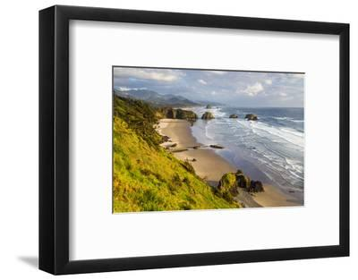 Crescent Beach at Ecola State Park in Cannon Beach, Oregon, USA