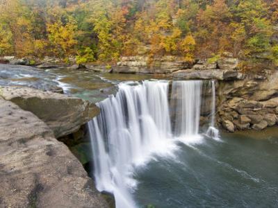Cumberland Falls State Park near Corbin, Kentucky, USA by Chuck Haney