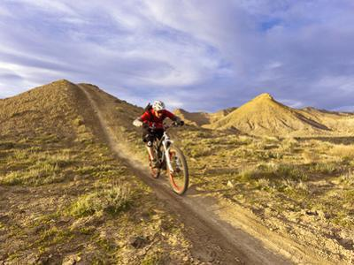 Landon Monholland Mountain Bikes on the Zippy Doo Dah Trail in Fruita, Colorado, Usa