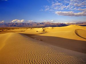 Mesquite Flat Sand Dunes, Death Valley National Park, California, USA by Chuck Haney