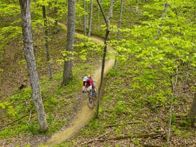 Mountain Biking at Brown County State Park in Indiana, Usa