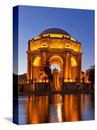 Palace of Fine Arts at Dusk in San Francisco, California, Usa