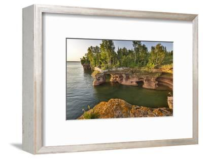 Sandstone Cliffs, Sea Caves, Devils Island, Apostle Islands Lakeshore, Wisconsin, USA