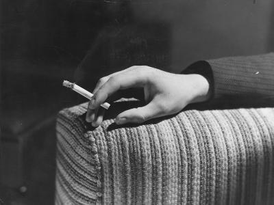 Cigarette Break--Photographic Print