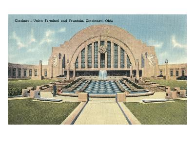Cincinnati Union Terminal and Fountain, Cincinnati, Ohio--Art Print