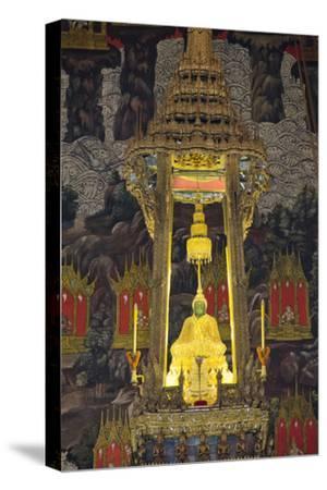 Royal Monastery of Emerald Buddha, Grand Palace, Wat Phra Keo, Bangkok, Thailand