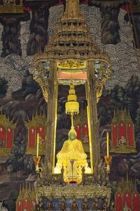 Royal Monastery of Emerald Buddha, Grand Palace, Wat Phra Keo, Bangkok, Thailand by Cindy Miller Hopkins