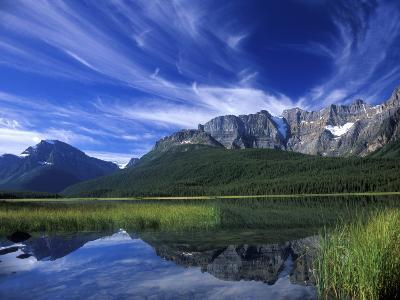 Cirrus Clouds Over Waterfowl Lake, Banff National Park, Alberta, Canada-Janis Miglavs-Photographic Print