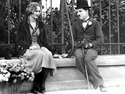 City Lights, Virginia Cherrill, Charlie Chaplin, 1931--Photo