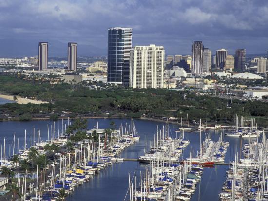 City Skyline and Beach, Honolulu, Oahu, Hawaii-Randa Bishop-Photographic Print