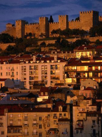 https://imgc.artprintimages.com/img/print/city-with-castelo-de-sao-jorge-lisbon-portugal_u-l-p11mg20.jpg?p=0