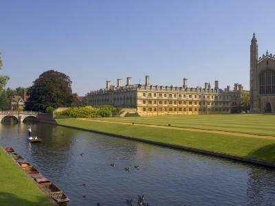 Clare College and Kings College Chapel, Cambridge, Cambridgeshire, England, United Kingdom, Europe-Neale Clarke-Photographic Print
