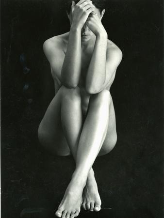 https://imgc.artprintimages.com/img/print/classic-nude-c-1975_u-l-q1g6wnb0.jpg?p=0