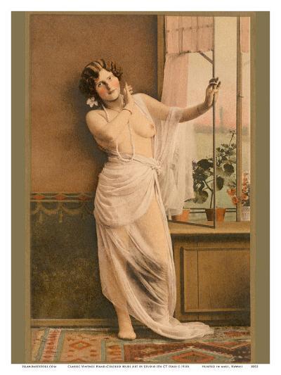 Classic Vintage Hand-Colored Nude Art - Beautiful Belle ?poque Erotica-Studio IPA CT Italy-Art Print