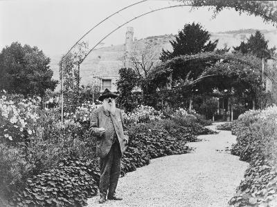 Claude Monet (1841-1926) in His Garden at Giverny, C.1925 (B/W Photo)-French Photographer-Giclee Print