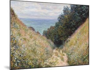 Road at La Cavee, Pourville, 1882 by Claude Monet