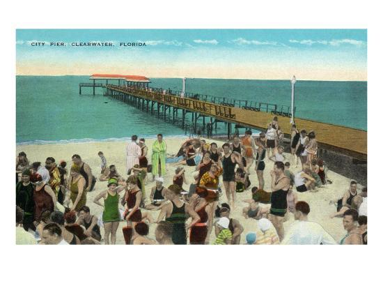Clearwater, Florida - View of City Pier from Beach-Lantern Press-Art Print