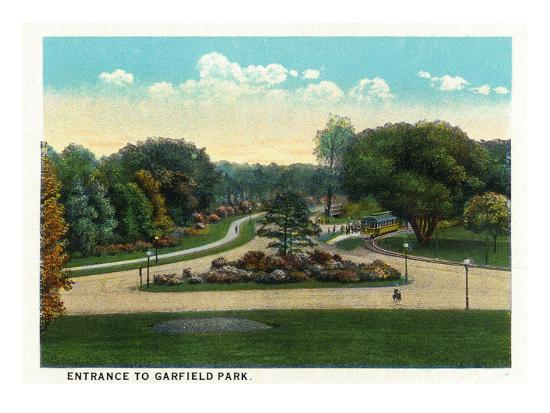 Cleveland, Ohio - Garfield Park Entrance-Lantern Press-Art Print