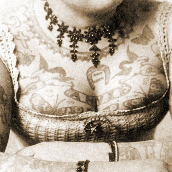 Close-Up of Annie Howard's Chest, C.1898-Charles Eisenmann-Photographic Print