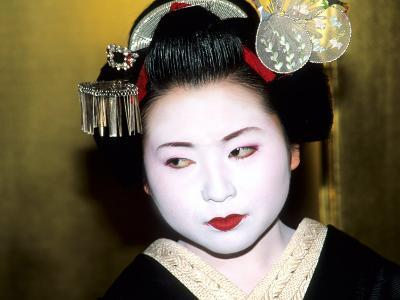 Close-up of Geisha Girl in Gold, Kyoto, Japan-Bill Bachmann-Photographic Print