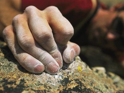 https://imgc.artprintimages.com/img/print/close-view-of-a-rock-climbers-dusted-hands-crimping-rock_u-l-p4nnsl0.jpg?p=0
