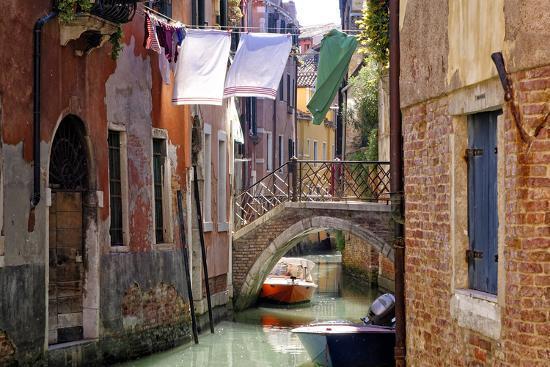 Clothes lines, Venice, UNESCO World Heritage Site, Veneto, Italy, Europe-Hans-Peter Merten-Photographic Print