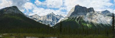 https://imgc.artprintimages.com/img/print/clouds-over-mountains-emerald-peak-yoho-national-park-golden-british-columbia-canada_u-l-q12pzm00.jpg?p=0