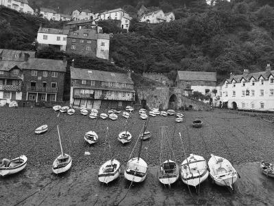 Clovelly Harbour--Photographic Print