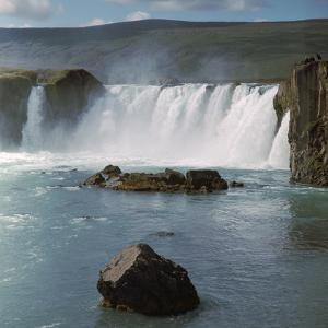 Waterfall in Iceland by CM Dixon