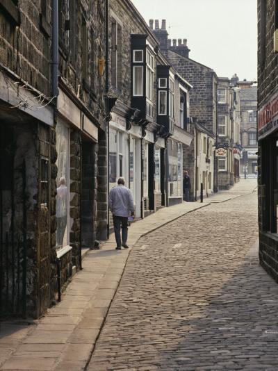 Cobbled Side Street in Otley, Yorkshire, England, United Kingdom, Europe-Nigel Blythe-Photographic Print