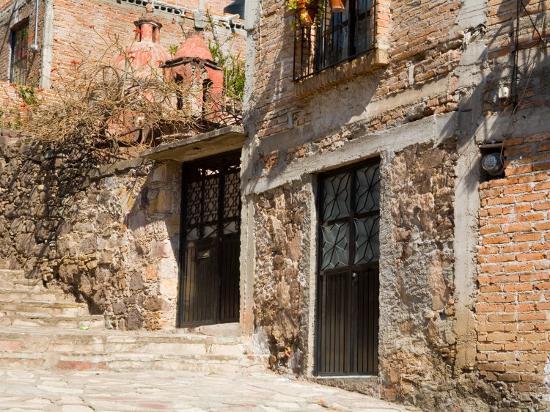 Cobblestone Steps in Hillside Neighborhood, Guanajuato, Mexico-Julie Eggers-Photographic Print