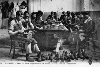 Cobbling Class--Photographic Print