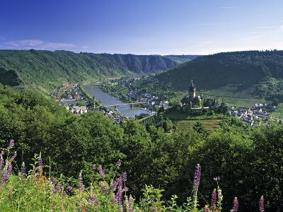 Cochem, Mosel Valley, Rheinland-Palatinate, Germany-Gavin Hellier-Photographic Print