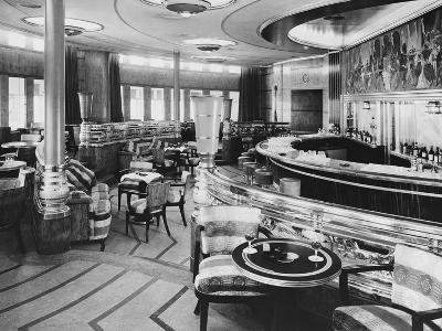 Cocktail Bar of the Queen Mary--Photographic Print
