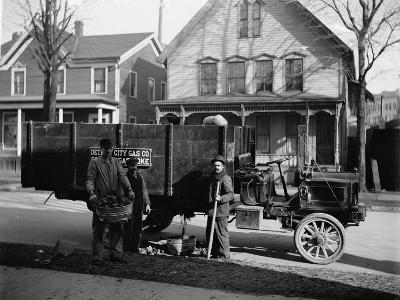 Coke Delivery Wagon and Workers, Detroit City Gas Co., Michigan, 1900--Photographic Print
