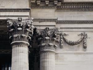 Corinthian Columns at Le Pantheon, Paris by Colin Dixon