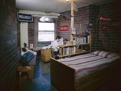 College Students in their Dorm Room, Massachusetts Institute of Technolog), Cambridge, MA, 1950-Yale Joel-Photographic Print