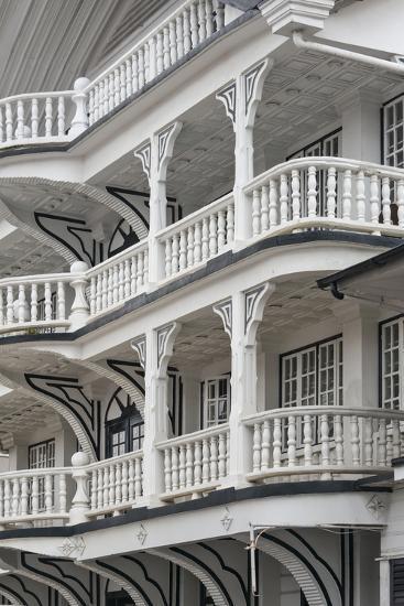 Colonial House at Lim a Postraat, Paramaribo, Suriname-Keren Su-Photographic Print