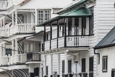 Colonial House in the Historic Center of Paramaribo (UNESCO), Suriname-Keren Su-Photographic Print
