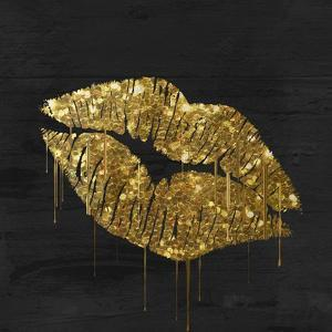 Golden Lips by Color Bakery