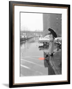 Color Pop,1950s WOMAN IN RAIN COAT HAT BOOTS HOLDING UMBRELLA CROSSING CITY STREET