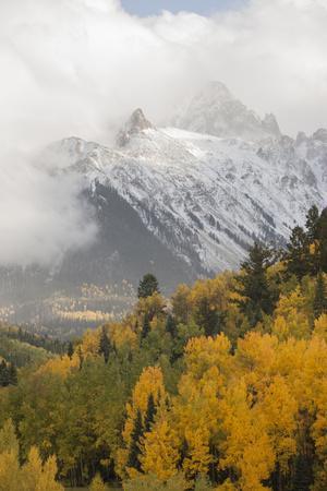 https://imgc.artprintimages.com/img/print/colorado-sneffels-range-snow-clouds-over-mt-sneffels-at-sunset_u-l-pyp41y0.jpg?p=0