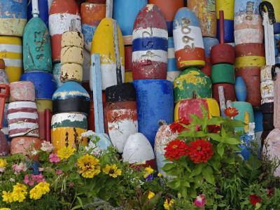 https://imgc.artprintimages.com/img/print/colorful-buoys-on-wall-rockport-massachusetts-usa_u-l-pdkuuz0.jpg?p=0