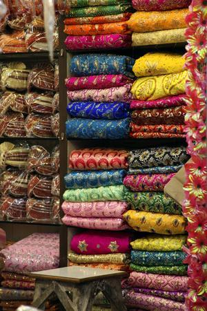 https://imgc.artprintimages.com/img/print/colorful-sari-shop-in-old-delhi-market-delhi-india_u-l-pid4260.jpg?p=0